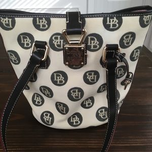 Dooney & Bourke North/ South